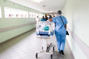 Warum sich Zeitarbeit für Pflegekräfte lohnt